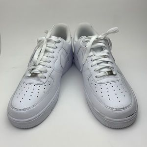 NIKE Air Force 1 '07 Sneaker sz  11.5